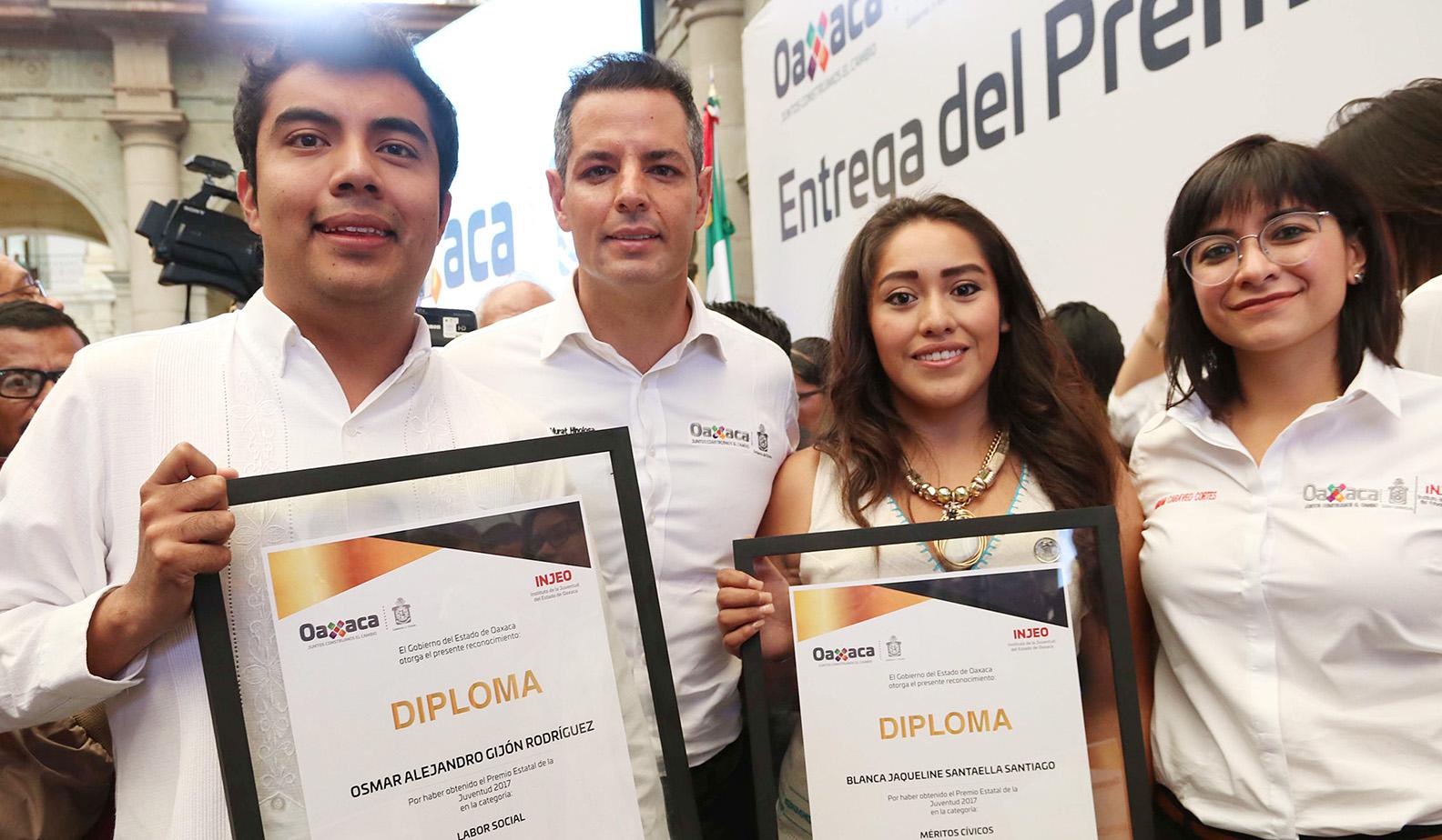 12 Premio XX