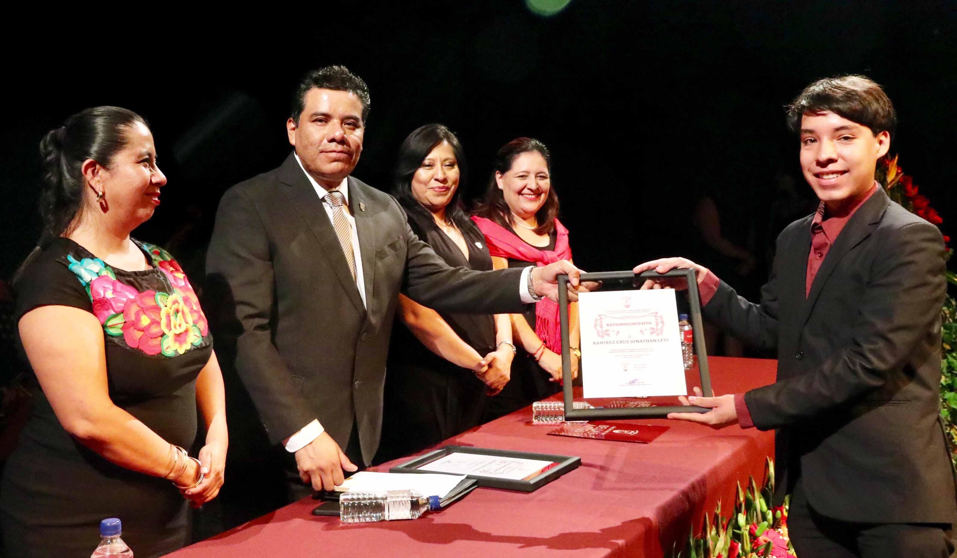 Egresados Bellas Artes 2
