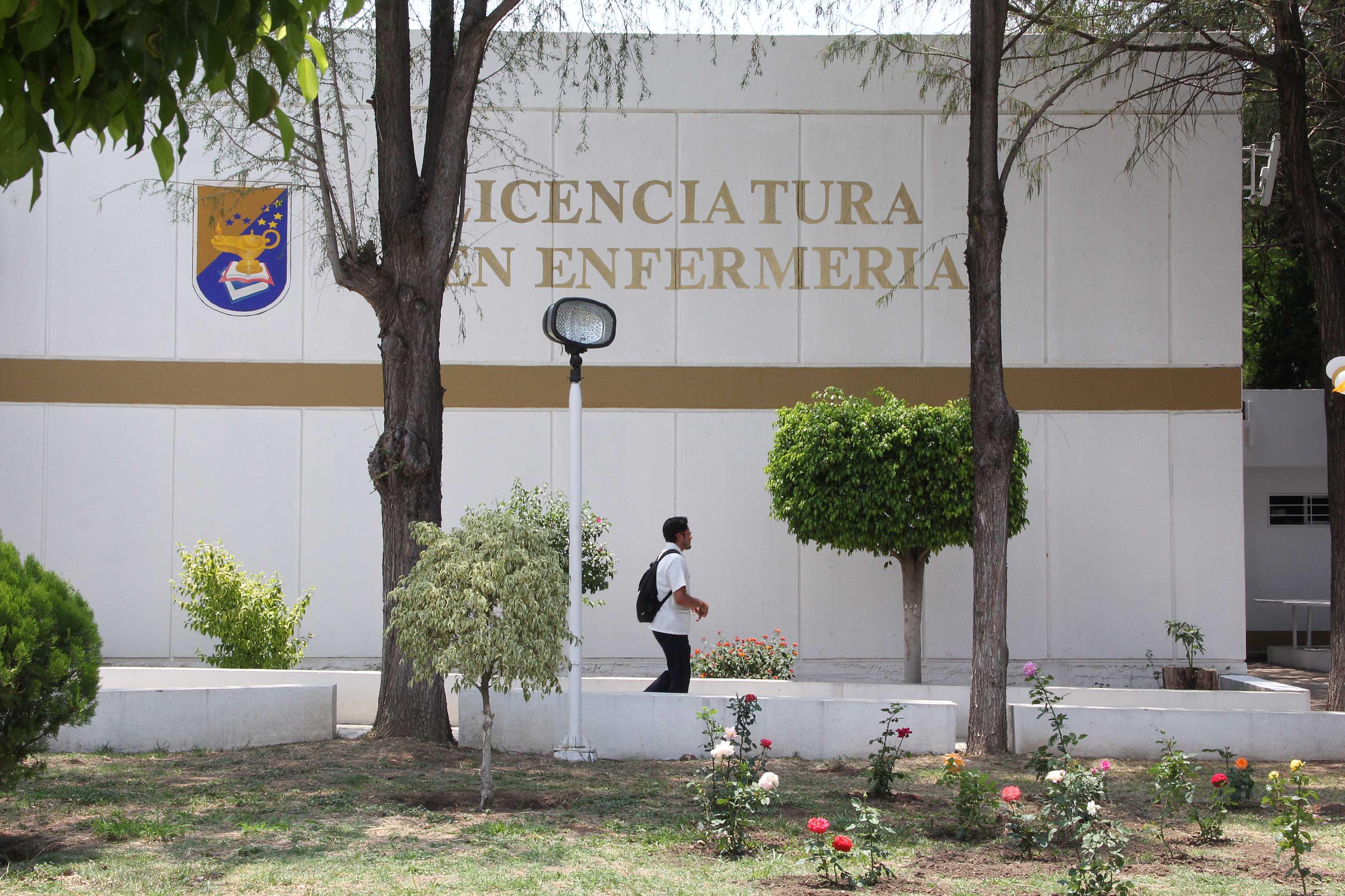 FACULTAD DE ENFERMERIA Y OBSTETRICIA CU